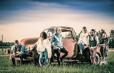 Bild - Countrykväll - Paula Wright Band