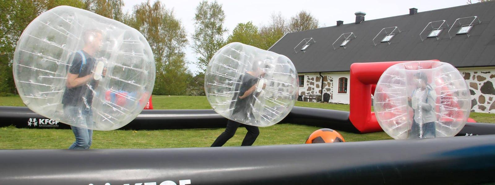 Bild - Bubbleball i Nya Åhusparken