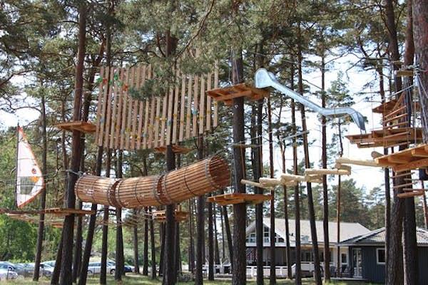 Bild - 11-18 år: Äventyrsparken Upzone