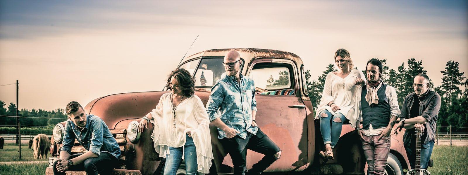 Bild - Countrykväll – Paula Wright Band