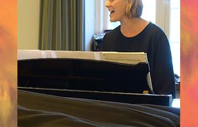 Bild - Schlagerallsång med Katarina Nilsson Bremer